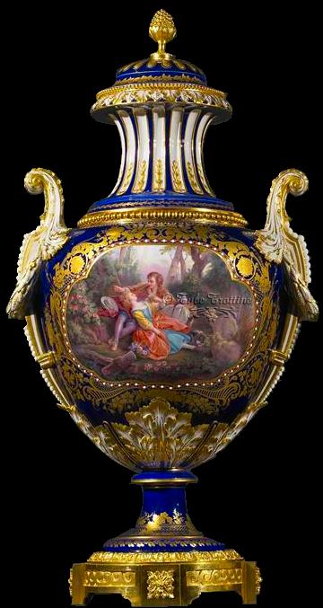vase baroque vintage. Black Bedroom Furniture Sets. Home Design Ideas